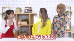 テレビショッピング的な感じでフェフ姉さんと化粧品の紹介をする多田さん